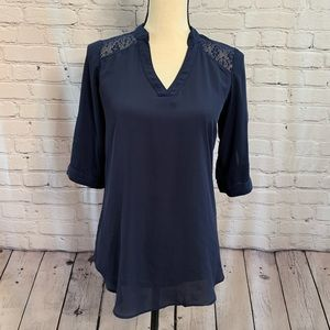 IZ | navy blouse with lace detail